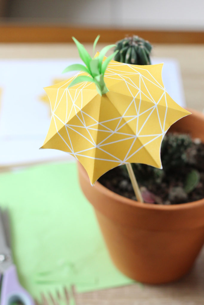 projet-diy-ananas-008-pineapple-umbrella