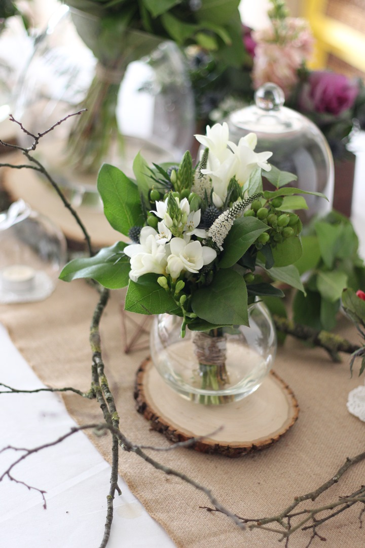 Inspiration d coration de table champ tre et boh me - Petit bouquet de table ...
