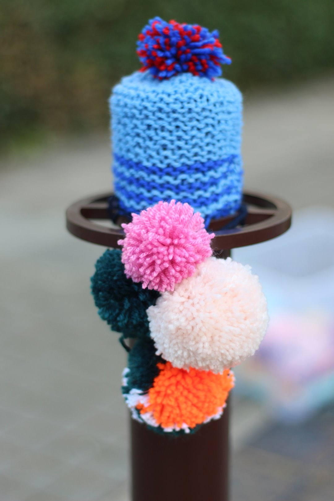 tricotgraphie-kiosko-23-yarnbombing-nantes